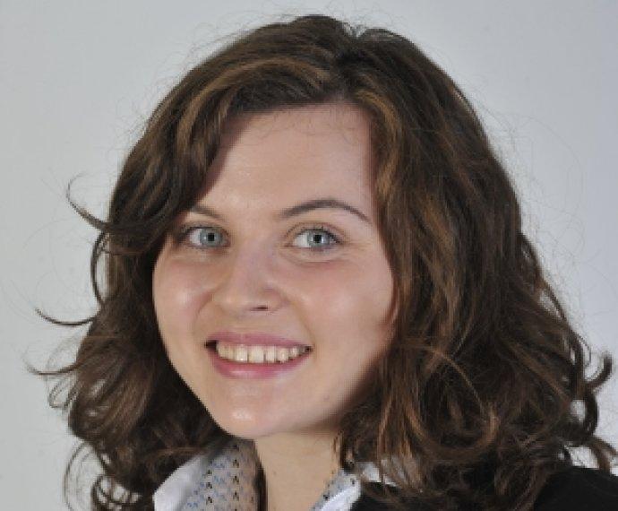 瓦岱勒学生代表法国参加Marianne Müller大赛